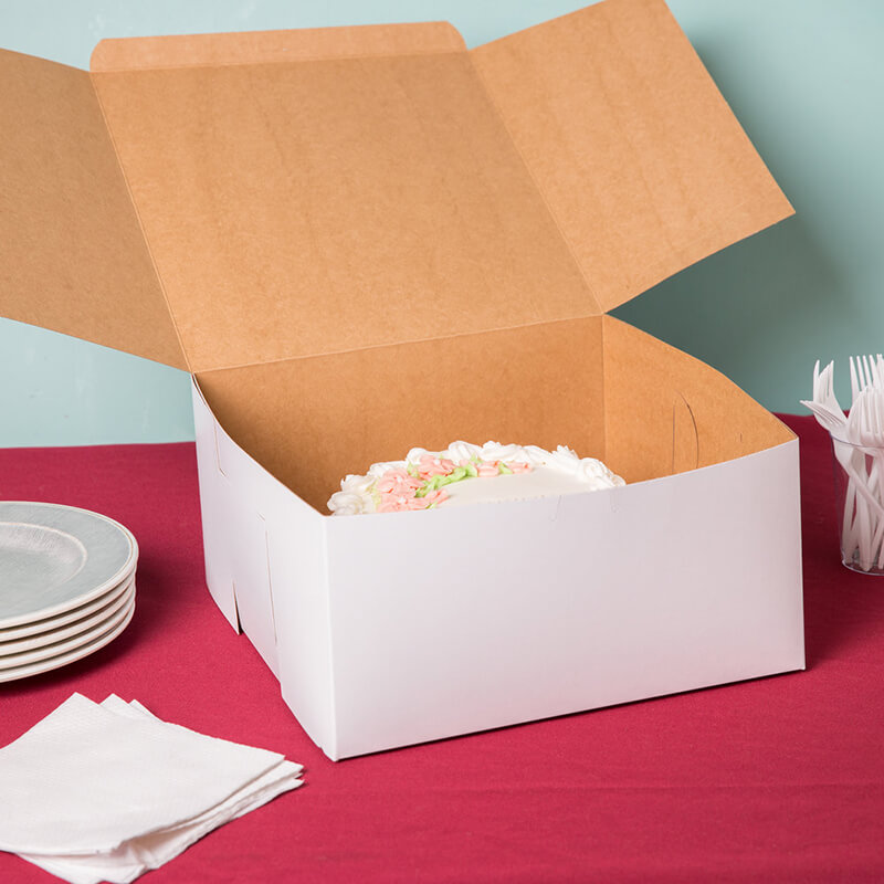 You need a nice cake boxes to impress the customer