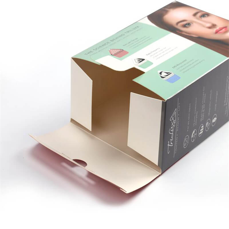 1.Cosmetic Packaging Boxes