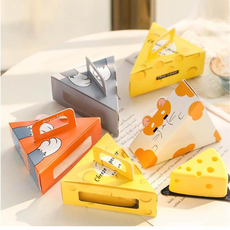 Wholesale Custom Cheese Cake Box Portable Triangle Mousse Pudding Cheese Slice Cake Small Box